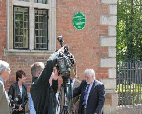 green plaque unveiling kibworth caterers market harborough afternoon tea